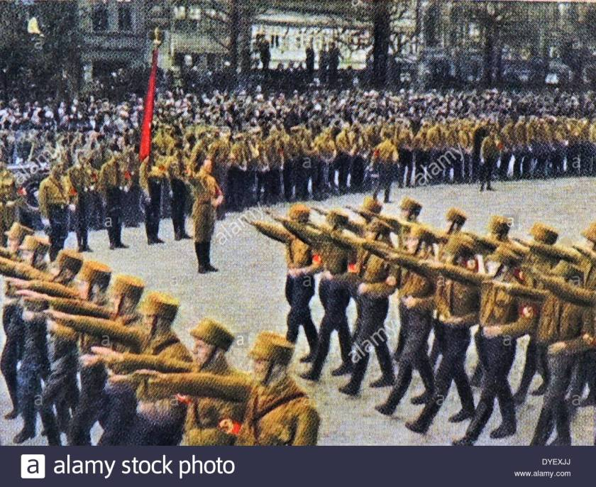 nazi-brownshirts-march-through-braunschweig-1932-dyexjj